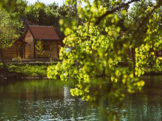 River huts Zrmanja - hut 2, Obrovac