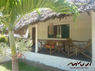 Mvuvi B&B - Kite House