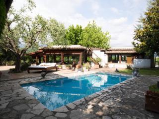 Villa Tiberina, Rome