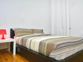 Furnished Apartment at 3rd Ave & E 82nd St New York, Nueva York