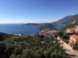 Kas town centre pied a terre with sea views