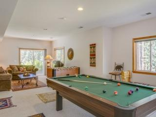 Game Room Downstairs - Pool Table and Foosball