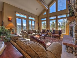 5-Star Luxury Single Family Home-5 min to Gondola-WoW Views from Hot
