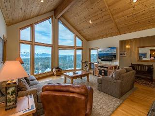 Charming 4BR Tahoe Donner Chalet in Truckee