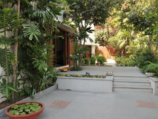 The Cosy  peaceful homestay in the midst of Downtown - FRONT OF PROPERTY