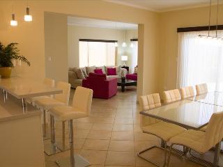 4 Bedroom Deluxe Villa - Diamante 174