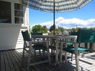 Chez Smith, Tairua