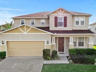 Windwood Bay Beautiful 4 BR Pool Home, Orlando