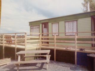 Caravan celynbrithion, Meifod