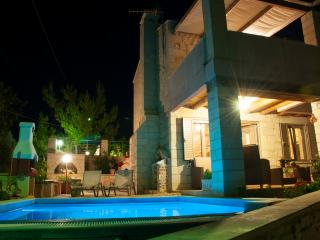 Villas with private pool ''Pantanassa villas'', Agia Marina