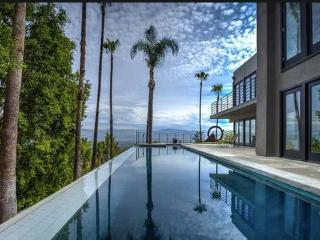 #45 Amazing Lux Property w/ infinity pool & views., Los Ángeles