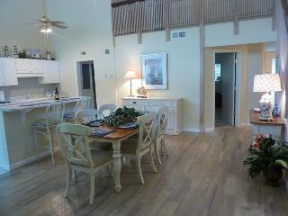 7,Seapines,5/min wlk good beaches,bikes,,wifi,