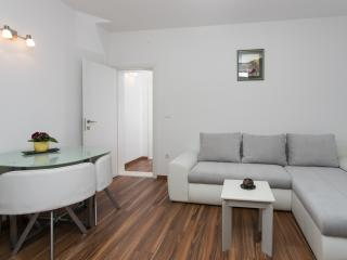 Apartment Elizabeth-One-Bedroom Apartment with Terrace, Dubrovnik