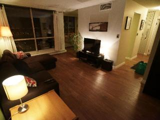 Renovated Fully Furnished Condo Downtown Edmonton