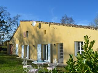 Two country cottages in same grounds with pool, Levignac-de-Guyenne