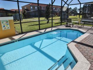 Luxury 4 Bed 3 Bath Private Pool, Kissimmee