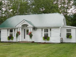 Terrific Lake George Rental In The Village