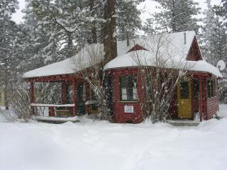 A Sweet Pine Cabin, Big Bear City