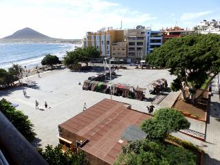 1 Bedrrom apartment front main beach in el Medano