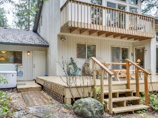 Riverfront home with private hot tub, pool table & 2 decks!