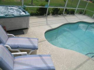 4 Bed Pool Home by Disney w/ Games Room & Hot Tub, Kissimmee