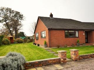 MPIPI Bungalow in Chester, Pandy
