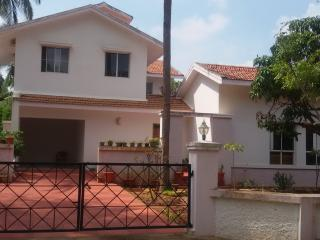 Sunny villa and Farm stay., Bangalore