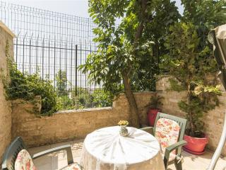 Great Room with a Garden, Istanbul