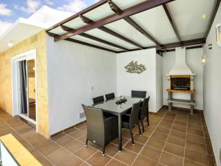 Villa Eris, Pool and Wifi, Puerto Del Carmen