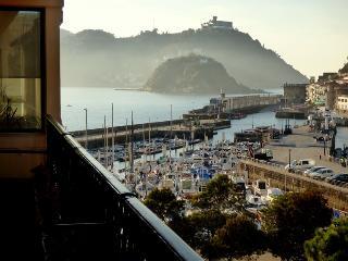 Apartamento Lasala, con vistas al puerto