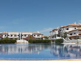 Apartamento a 550m de la playa de la Barrosa 8-08