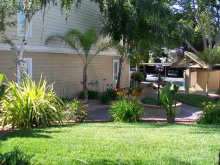 Updated 2BR In Quiet Community Near DT Sunnyvale
