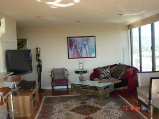 Furnished 2-Bedroom Apartment at Perkins St & Bellevue Ave Oakland