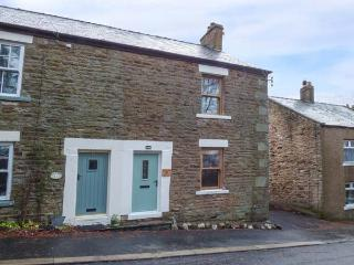 MINT COTTAGE, woodburning stove, WiFi, walks in the area, in Middleton-in-Teesdale, Ref 905967, Middleton in Teesdale