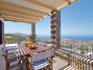 Anemomylos Apartment with Amazing Sea Views, Agia Pelagia