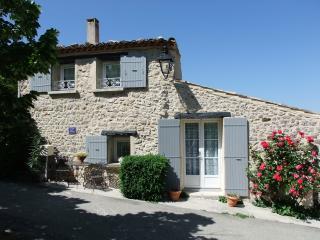 Maison des Rêves avec Piscine Chauffée à 27° DROME Provençale Bésignan
