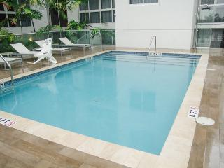 Bright Apartment With Great View (HT222), Miami