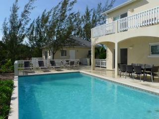 Beautifully Renovated Spacious Waterfront Villa with Private Beach on Chalk Sound, Providenciales