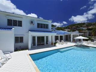 From Luxury villa Caribbean Blue to the Blue Caribbean Sea, bahía de Simpson