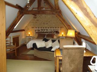 Très beau loft dans village médiéval, Beynac-et-Cazenac