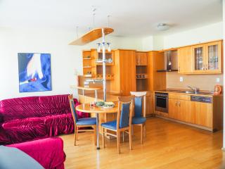 XXXL Apartments BORDO. With Parking, Prague