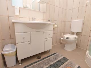 Apartment 2093