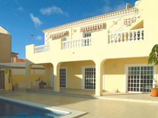 Beautiful spacious 5 Bedroom 3 bathroom villa., Callao Salvaje