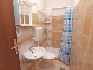 Apartment 2170, Valbandon