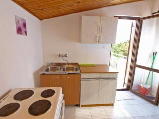 Apartment 2171, Valbandon