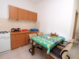 Apartment 1994