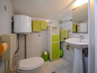 Apartment 1842, Porec