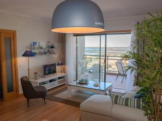 Topfloor Algarve Waterfront apartment OCEANFRONT with beautiful views