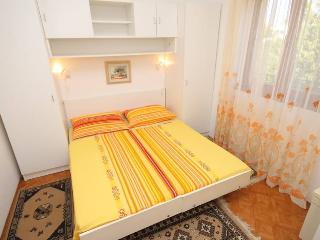 Apartment 837, Porec