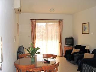 2 Bedroomed apartment Tomb Of The Kings, Paphos